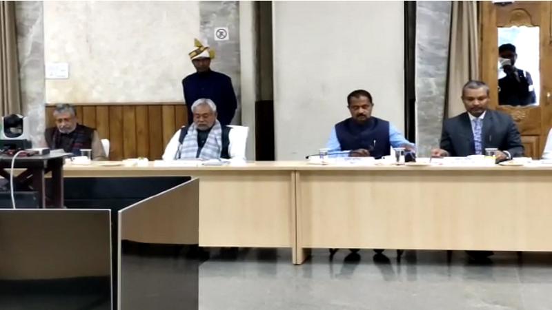 सीएम नीतीश ने किसानों के साथ मीटिंग में कहा- हर हिंदुस्तानी की थाल में एक बिहारी व्यंजन हो