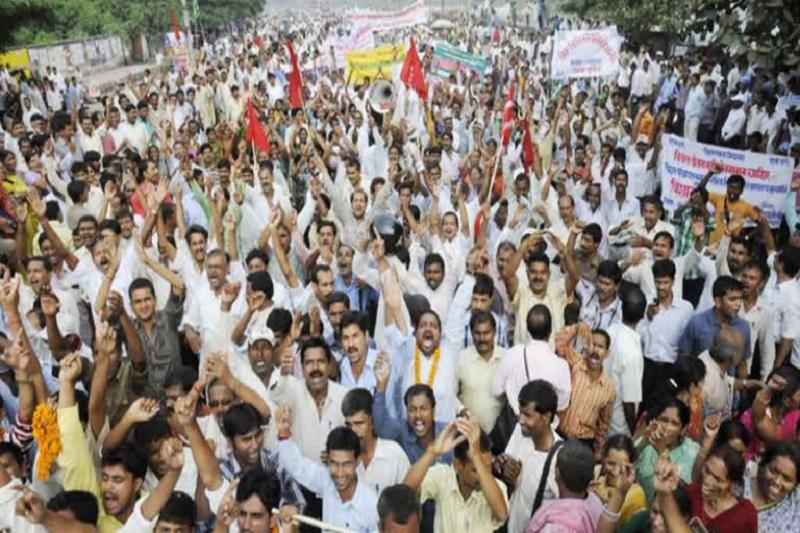 बिहार शिक्षकों की हड़ताल से सरकार परेशान, अतिथि शिक्षकों को मैदान में उतारा