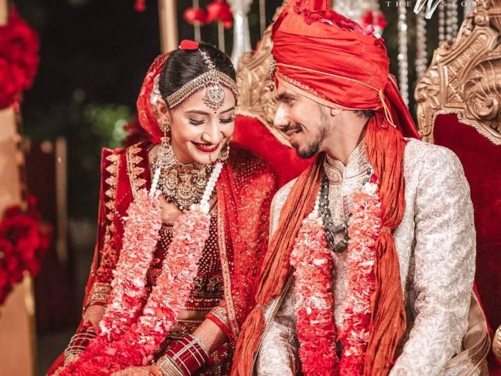 भारतीय लेग स्पिनर युजवेंद्र चहल गुरुग्राम में कोरियोग्राफर और यूट्यूबर धनश्री वर्मा से रचाई शादी