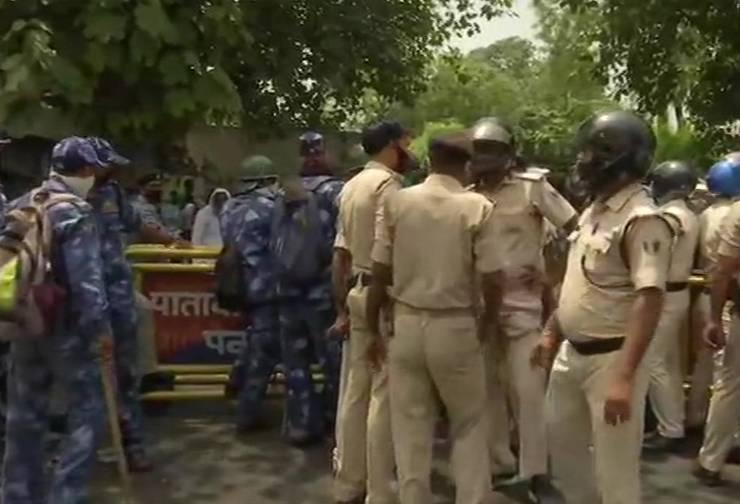 सचिवालय थाने की पुलिस और राबड़ी आवास पर तैनात  सुरक्षाकर्मी आपस में उलझे