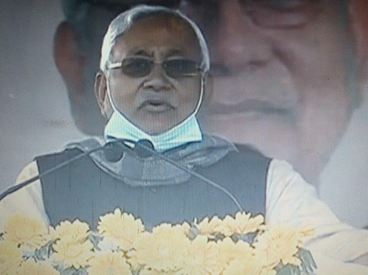"""आज मुख्यमंत्री नीतीश कुमार  ने जमुई में बिहार का पहला पक्षी महोत्सव """"'कलरव"""" का किया उद्घाटन"""