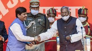 नीतीश मंत्रिमंडल विस्तार : शाहनवाज हुसैन को उद्योग मंत्री और श्रवण कुमार को ग्रामीण विकास मंत्री