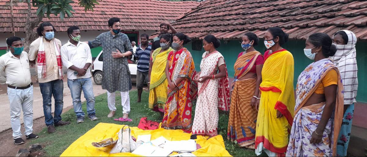डॉ अजय के जमशेदपुर के विभिन्न इलाकों के दौरे से लोगों में उत्साह